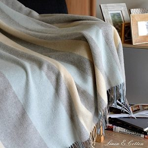 Manta de lana merino para sofá o cama