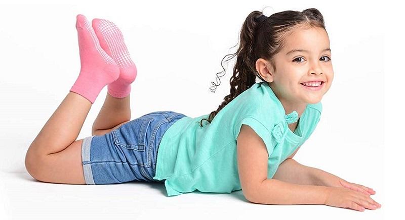calcetines antideslizantes para niños