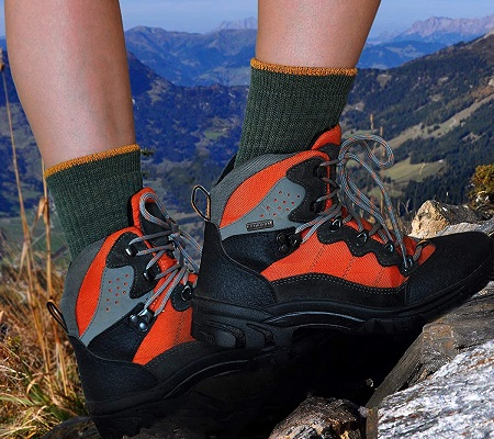 calcetines de montaña de lana merino para mujer
